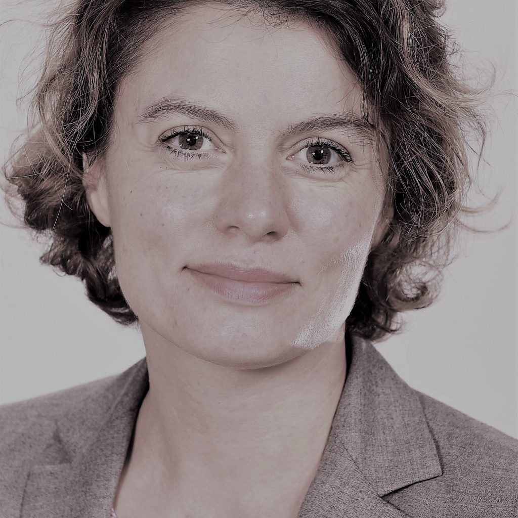 Isabelle RUHIN